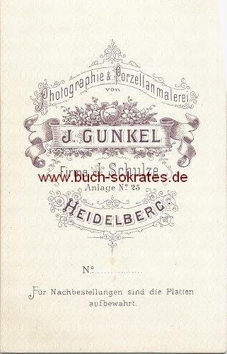 CdV Foto Mann aus Heidelberg im dunklen Anzug mit Schleife u. Schnauzbart (ca. 1870)