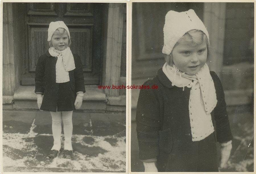 Foto Kleines Mädchen in ärmlicher Kleidung (ca. 1945)