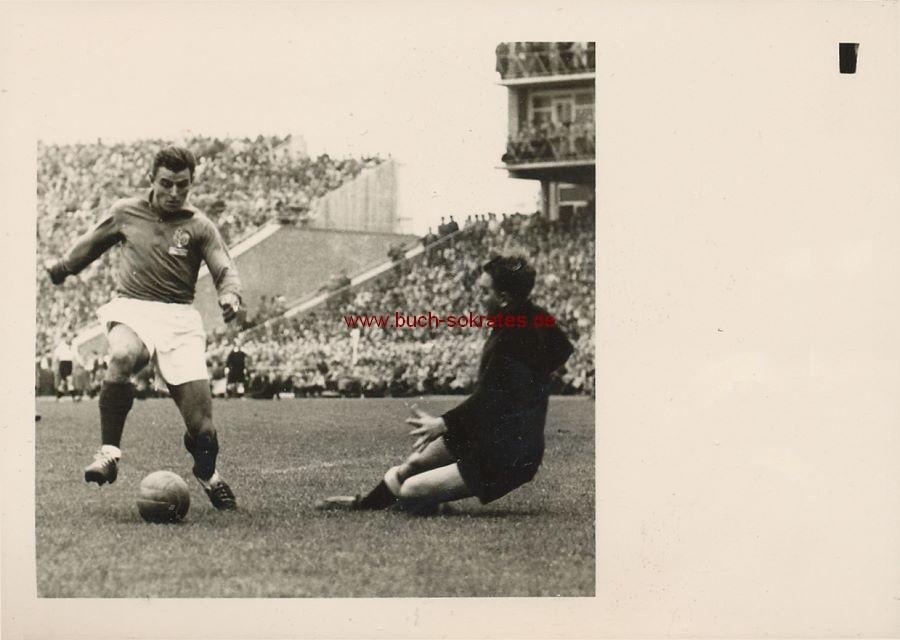 Foto Fußball-Länderspiel Deutschland - Frankreich Niedersachsenstadion - Toni Turek (1954)