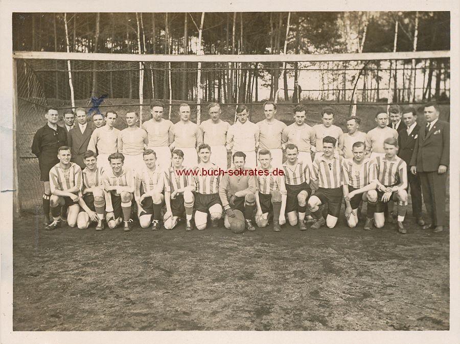 Foto Fußball-Mannschaften Wacker 04 Berlin / 1893 Dresden (1930)