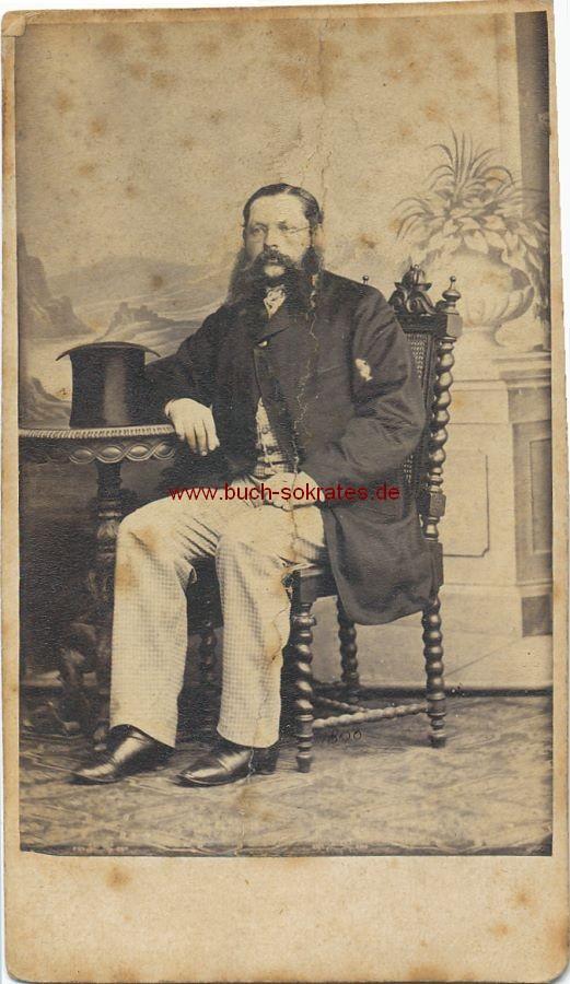 CdV Foto Mann aus Königsberg mit Vollbart (ca. 1860)