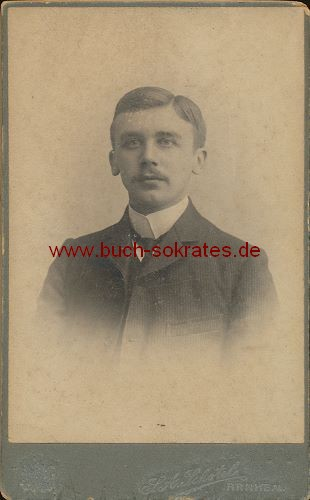 Junger Mann aus Arnheim / Arnhem Holland (ca. 1910)