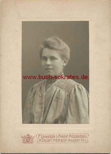 Kabinettfoto Frau aus Heidelberg (1910)