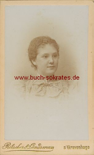 Junge Frau aus s Gravenhage / Den Haag (ca. 1910)