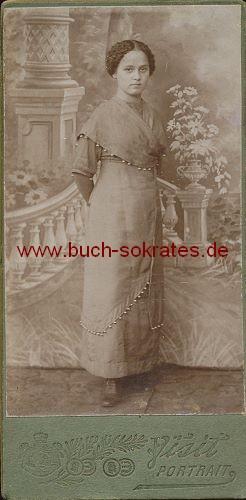 Junge Frau aus Russland (ca. 1900)