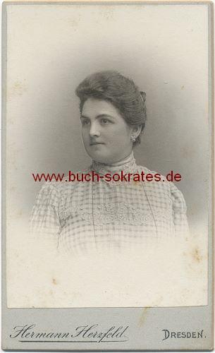 Frau aus Dresden (ca. 1900)