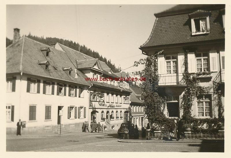 Foto Parkhotel Wehrle u. Adler Brauerei in Triberg (1955)