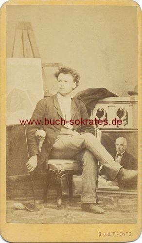 CdV Foto Junger Mann aus Trient / Trento (Italien), Maler vor Staffelei mit Bildern (ca. 1870)