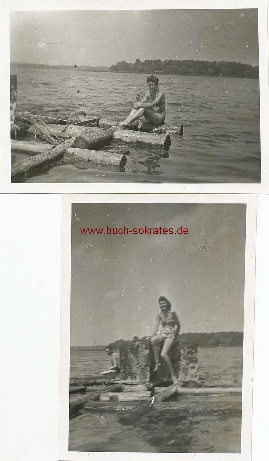 Foto Frau im Badeanzug beim Baden im Wannsee / Berlin (1945)
