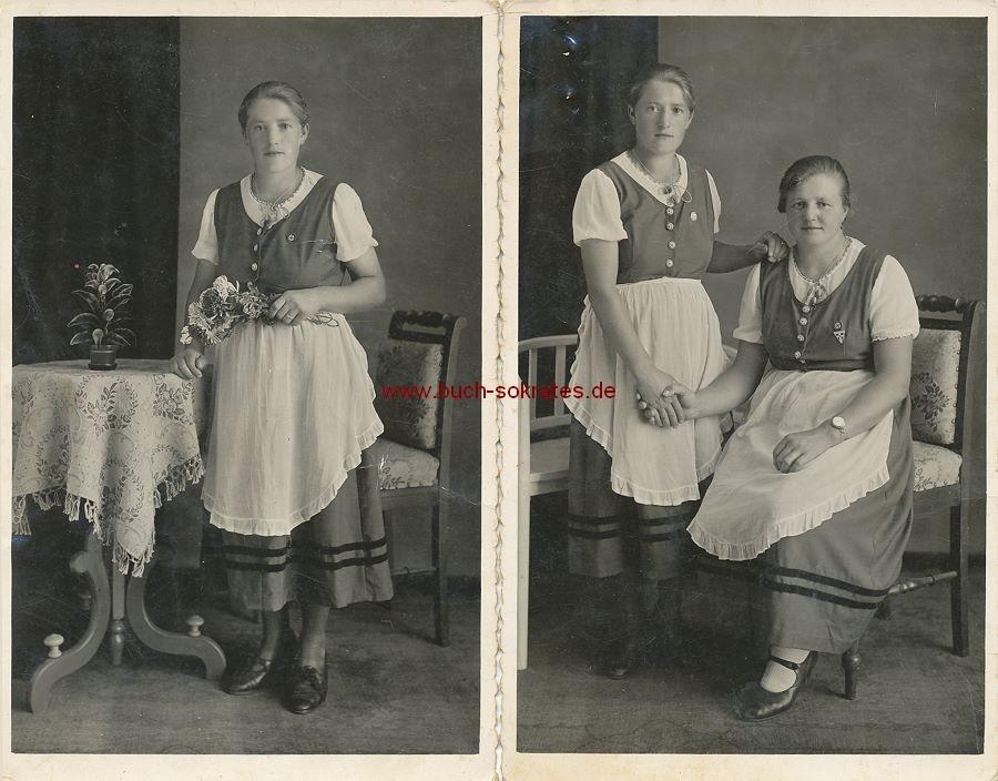 Foto Zwei Frauen aus Oberösterreich im Dirndl mit Nazi-Anstecker (ca. 1935)