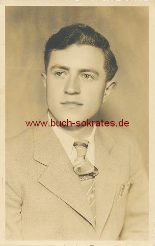 Foto-Postkarte Foto Junger Mann aus Hassfurt a.M. / Unterfranken (ca. 1940)