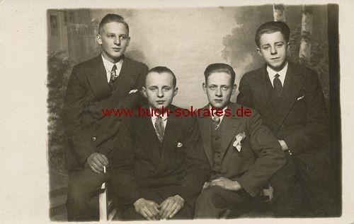 Foto-Postkarte 4 junge Männer aus Friedrichshain (1929)