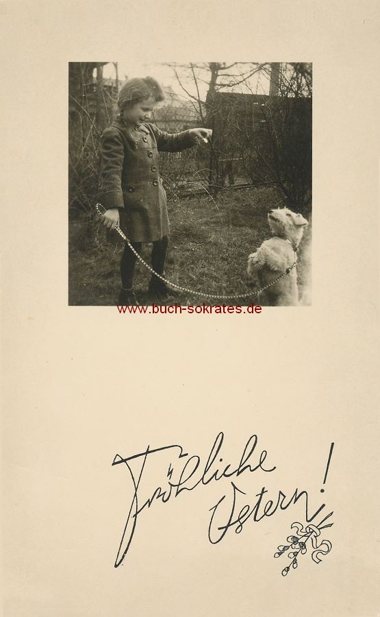 s/w-Foto-Postkarte Kleines Mädchen mit Hund an der Leine (1943)