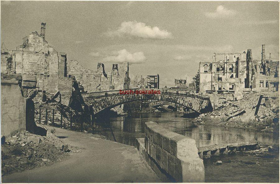 Foto Nürnberg Fleischbrücke zur Stunde Null mit den umliegenden Häusern in Trümmern (ca. 1945)